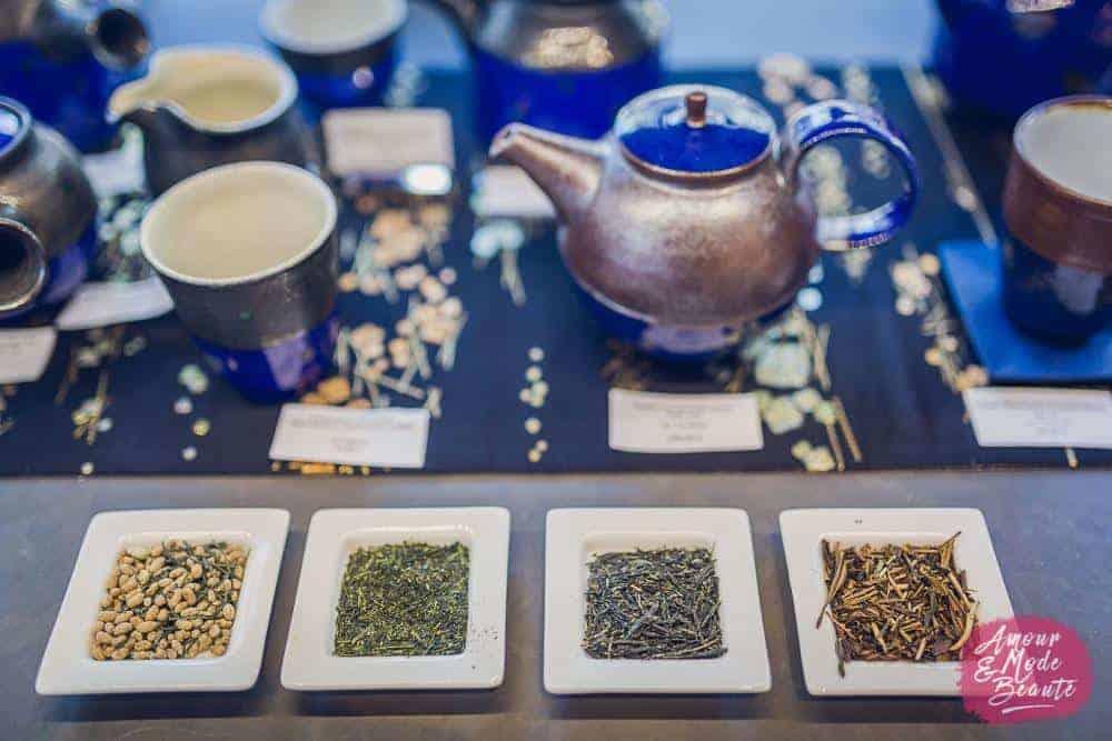 ceremonie thé, degustation thé, carnaval article, bienfaits thé vert, thé vert sante, antioxydant thé vert, histoire thé, idee sortie couple