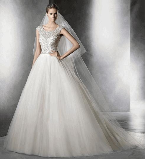 4be938abd8b 7 astuces choisir sa robe de mariée selon sa morphologie !