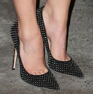 chaussures-avec-robe-noire