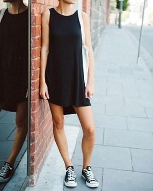 baskets,avec,robe,noire