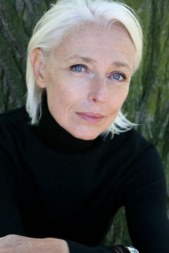 quel-look-femme-50-ans-couleur.jpg quel-look-femme-50-ans-couleur-eviter-noir-peu-flatteur.jpg