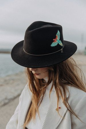 Tenue De Pluie Femme Chapeau Feutre